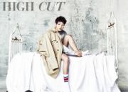 今年旬の男・ソン・ジュンギ、ベットの上のグラビア公開『HIGH CUT』