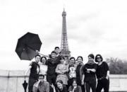 グラビア撮影のため?カン・ドンウォンとソン・ヘギョ、エッフェル塔をバックにセルフショットを公開!