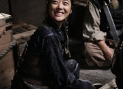 f(x)ソルリ、溌剌とした美少女海賊に変身した姿を公開!