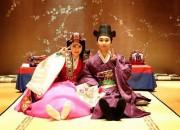 SUPER JUNIOR ソンミン&キム・サウン夫婦、旧正月を向かえ韓服姿で挨拶