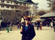 SUPER JUNIOR キュヒョン、名古屋城で撮った記念ショットを公開!「俺はこんな男」